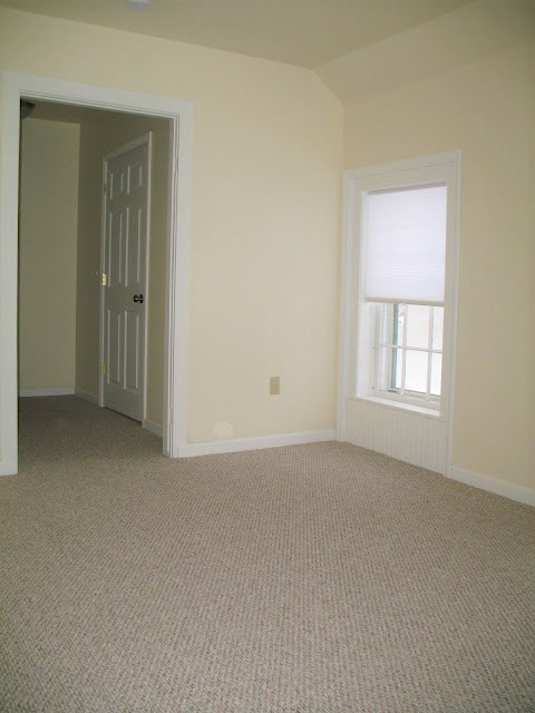 Upstairs front bedroom with Walk-in closet